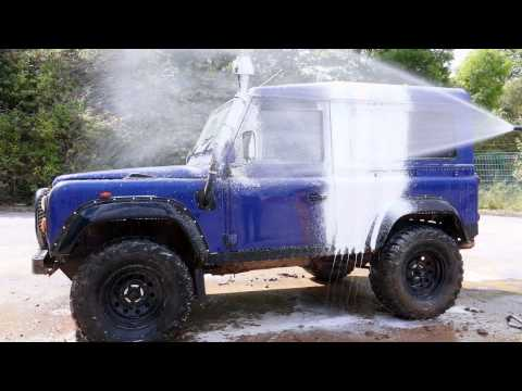 Honda Pressure Washer VS Dirty Land Rover