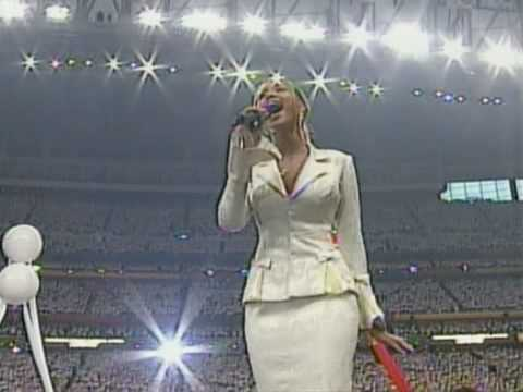 Beyoncé USA National Anthem  @ Super Bowl 2004 HQ