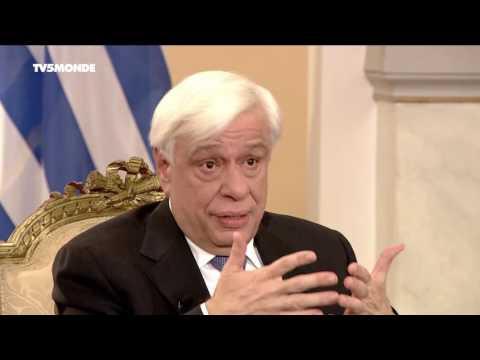 """Prokopis Pavlopoulos sur TV5MONDE : """"Il faut que les jeunes reviennent en Grèce"""""""