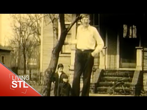 "Robert Wadlow - the ""Alton Giant"" - World's Tallest Man"