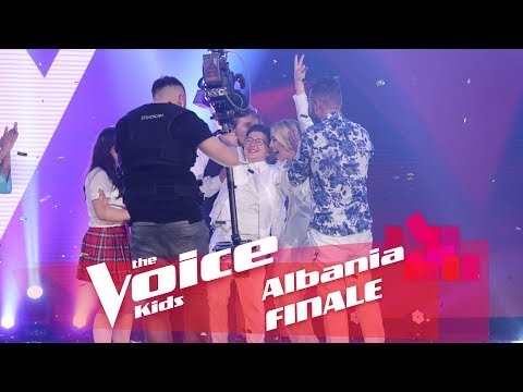 """Denisi, zëri më i mirë në """"The Voice Kids"""" - Top Channel Albania - News - Lajme"""