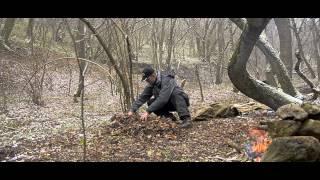 как сделать шалаш под землей