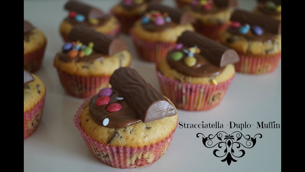 stracciatella muffin mit duplo schokobons und smarties kindergeburtstag youtube. Black Bedroom Furniture Sets. Home Design Ideas