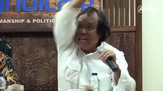 Kang Sobari Spepertinya Kenal Banget Sama Paslon No 3