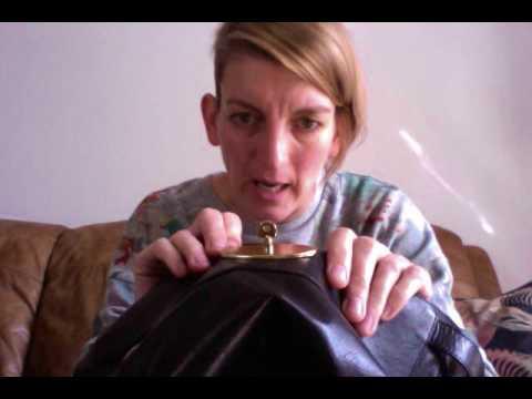 4e3ccd1f3a14 Mulberry Fake vs Genuine Alexa - YouTube