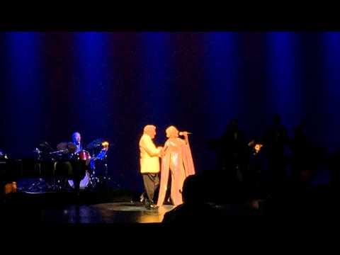 Lady Gaga and Tony Bennett - cheek to cheek ( Wallingford CT 6/29/15 )