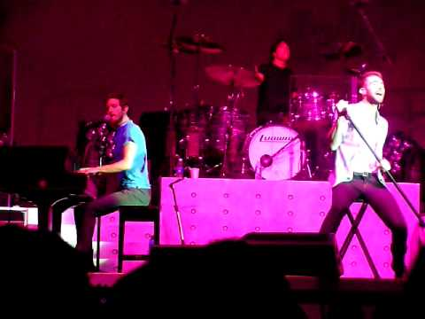 Maroon 5 - If I Ain't Got You - Meadowbrook US Cellular Pavilion 7.31.01