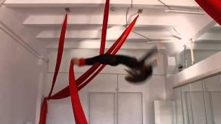 artarea project На занятии по воздушной гимнастике на полотнах Обрыв 180 градусов