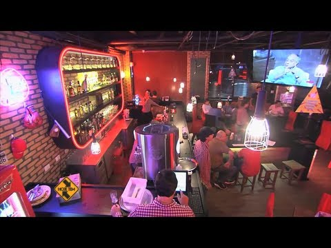Decoretro decoracion tematica bar americano friday 39 s en - Decoracion pub irlandes ...