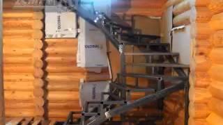 Установка лестницы на металлическом каркасе(Установка металлического каркаса на реверсах в деревянном доме. На первом этапе реализации проекта деревя..., 2015-02-12T13:20:40.000Z)
