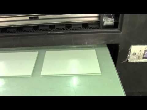 Digital UV flatbed printer how to printing white color