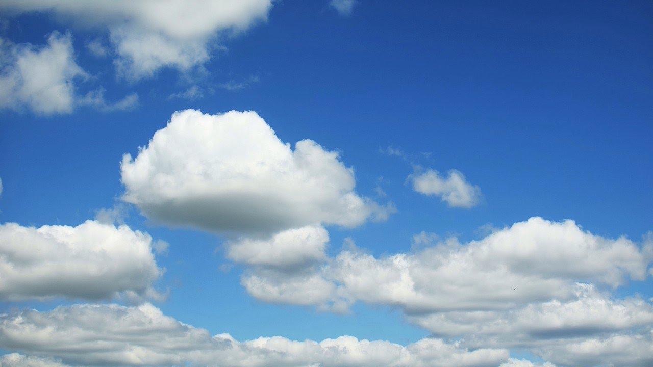 wolken am blauen himmel zeitraffer clouds blue sky. Black Bedroom Furniture Sets. Home Design Ideas