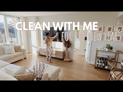 Deep Cleaning My Apartment For The New Year | Clean With Me