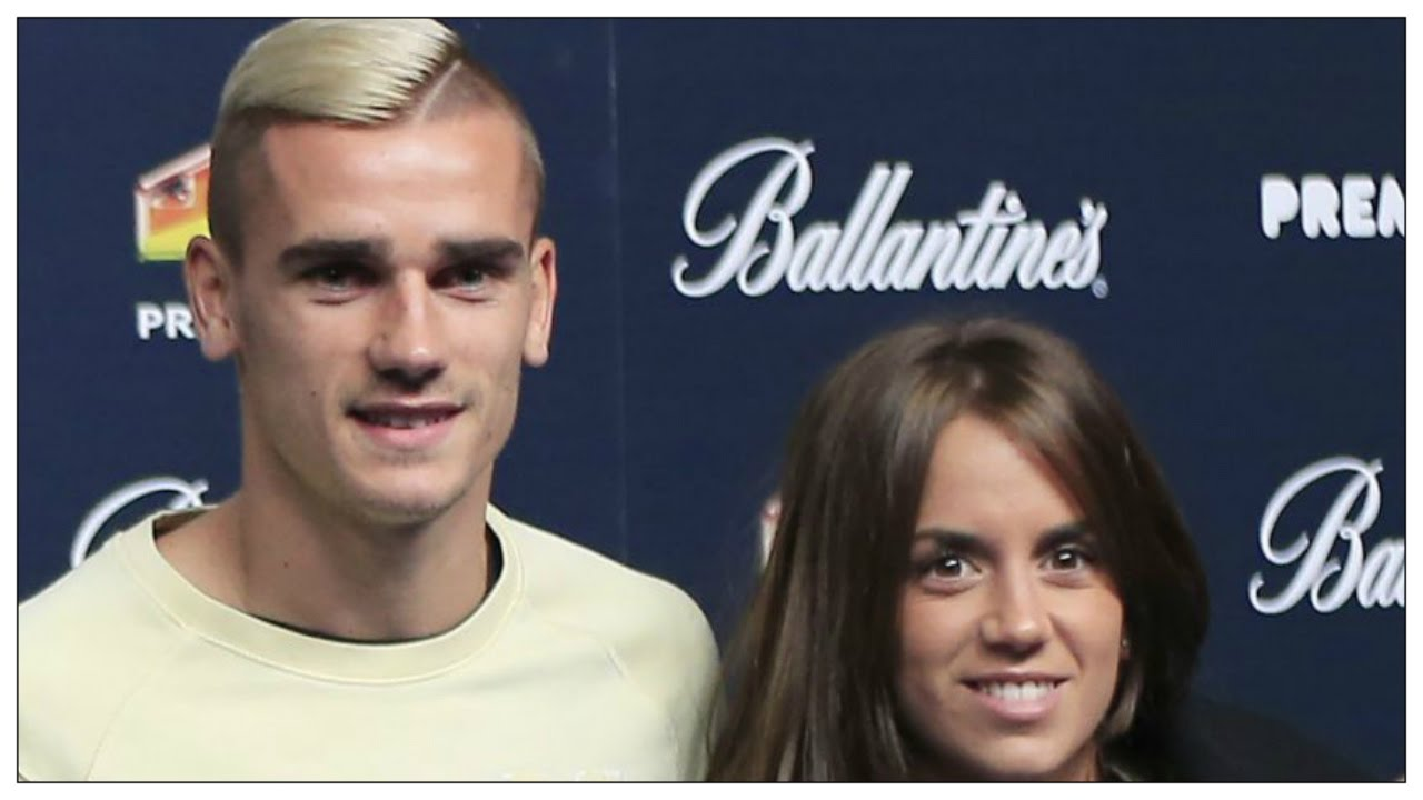 antoine griezmann sa femme erika est elle jalouse youtube. Black Bedroom Furniture Sets. Home Design Ideas