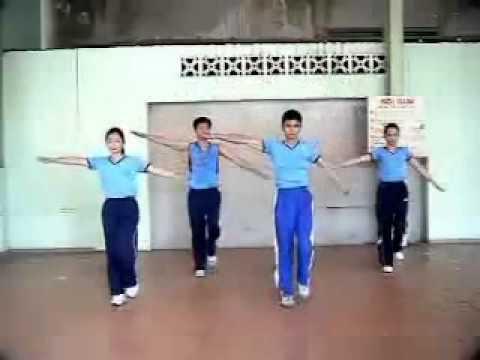 thể dục nhịp điệu lớp 11.vuong