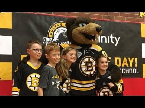 Boston Bruins Organization Visits Francis Wyman Elementary School