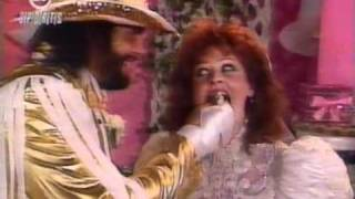 1991 09 09 Prime Time   Interview with Undertaker & Paul Bearer about MachoMan's wedding reception