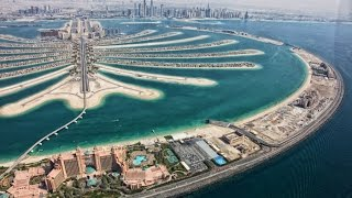Constructing Palm Jumeirah Dubai — Palm Island Dubai — Megastructure - Nakheel(Palm Jumeirah is the world's largest man-made island and is comprised of a two kilometre long trunk, a crown made up of 17 fronds and a surrounding crescent., 2015-01-26T15:20:02.000Z)