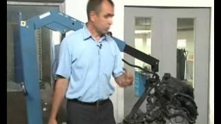 видео Замена подушки двигателя на ВАЗ 2109 своими руками: диагностика неисправности и всё что нужно для замены опор
