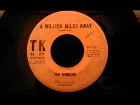 Uniques - A Million Miles Away - Cool Brooklyn Doo...