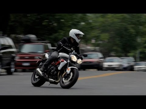 How to Lean | Motorcycle Riding - YouTube