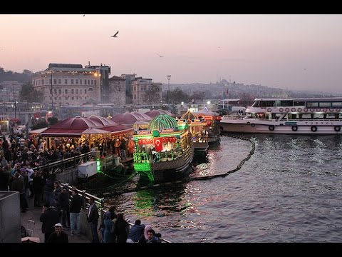 Istanbul Holidays - Must Visited Attractions - Golden Horn (Time Lapse)