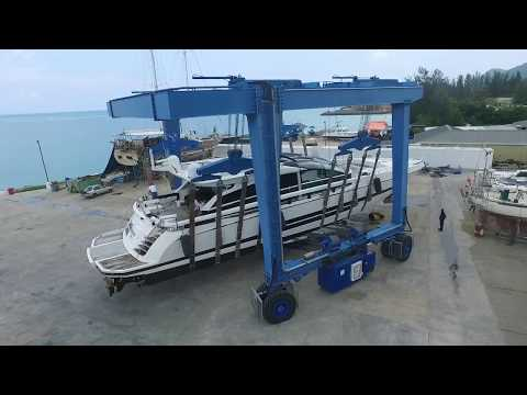 See Taylor Smith Shipyard Seychelles' Travel Lift in Action
