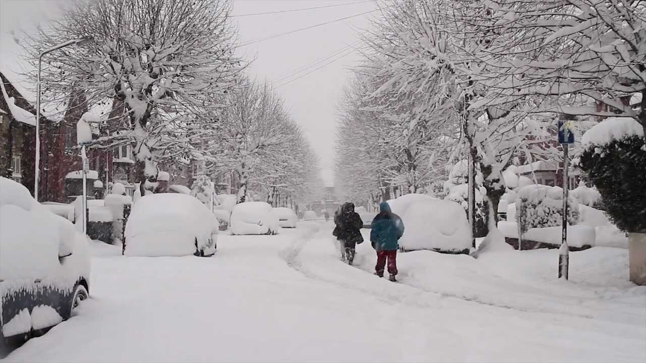 Winter Snow Chesterfield UK 2010 HD - YouTube