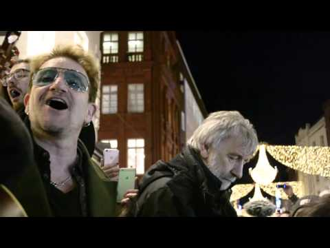 Bono @Grafton Street Dublin 24.12.2015 - Every Breaking Wave