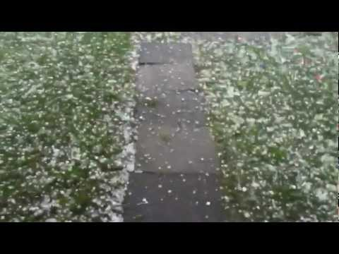 INSANE MELBOURNE WEATHER! - GOLF BALL SIZE HAIL!