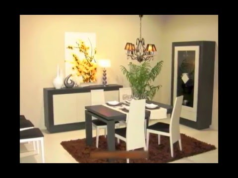 Vitrina y aparador con mesa de comedor y sillas para salón ...