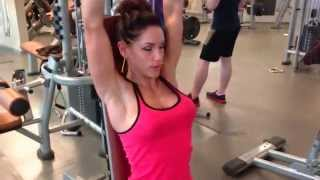 Nikola Weiterova - Shoulders Workout