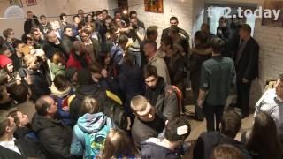 Скандальное открытие штаба Навального в Томске