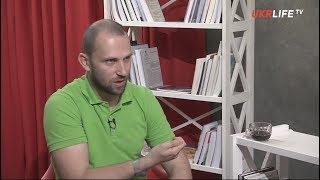 Порошенко не может ответить на три главных вопроса украинцев, - Алексей Якубин