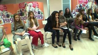 Нюша в Мастерской Лины Арифулиной(Певица Нюша проводит мастер-класс в Мастерской Лины Арифулиной на занятиях по эстрадному вокалу для детей...., 2012-12-27T19:02:14.000Z)