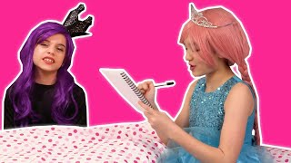 PRINCESS BEDTIME ROUTINE 🛏️ Bedtime Story Prank Goes Wrong! - Princesses In Real Life | Kiddyzuzaa