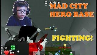 ROBLOX Mad City Ben und Philip nehmen Superhelden auf der Heroes Base