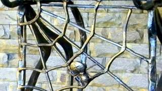 Красивые барные стулья   художественная ковка, дизайн(Красивые барные стулья посмотреть здесь http://kovka-dveri.com/lekarstva30003 Заказать красивую кованую скамейку, купить..., 2016-08-31T11:13:16.000Z)