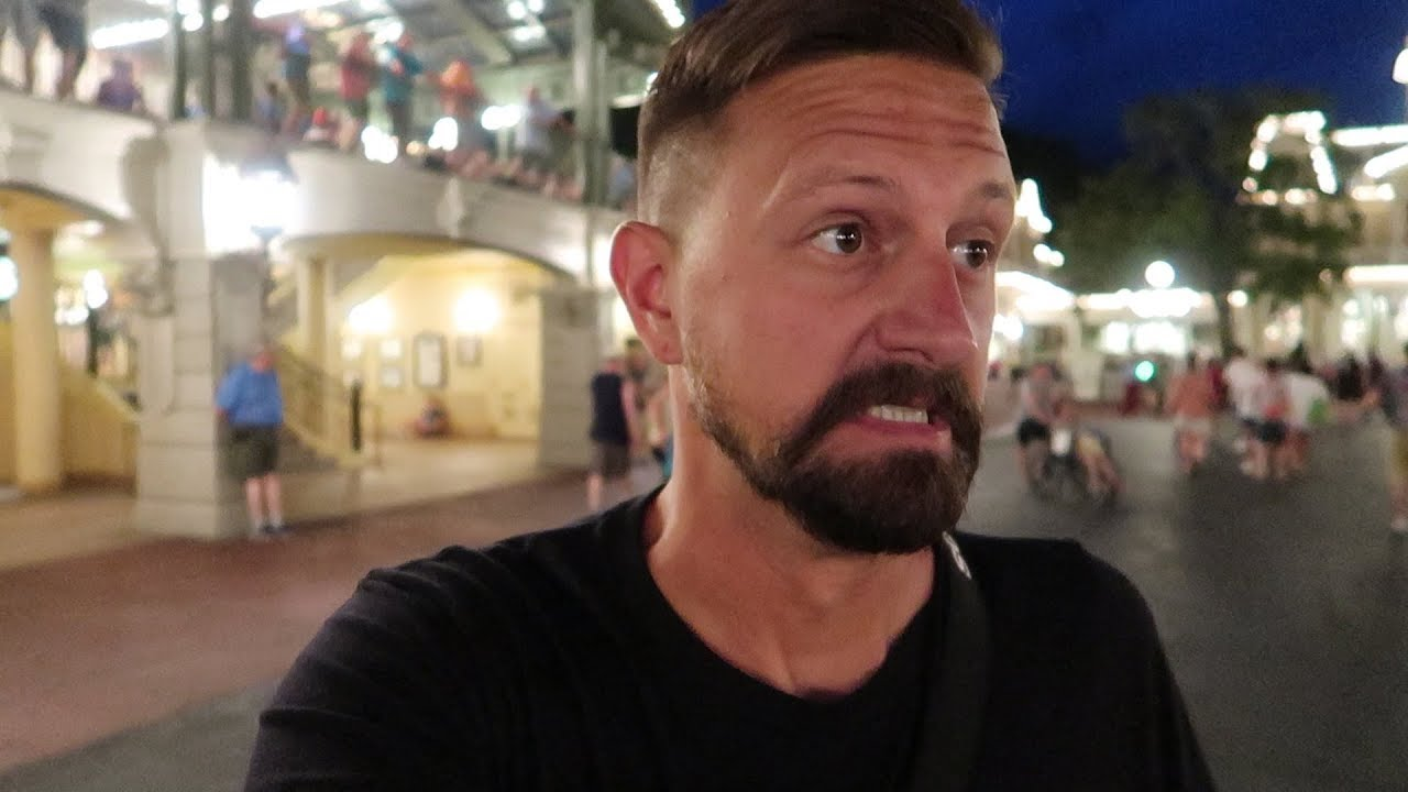 what-to-expect-from-a-walt-disney-world-vipassholder-ap-night-crowd-levels-wait-times-more