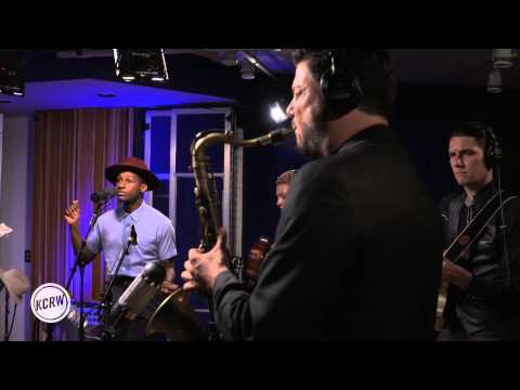 "Leon Bridges performing ""Better Man"" Live on KCRW"