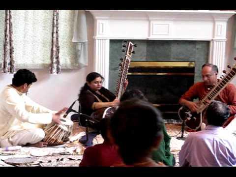 Bindu playing Raag Gurjari Todi