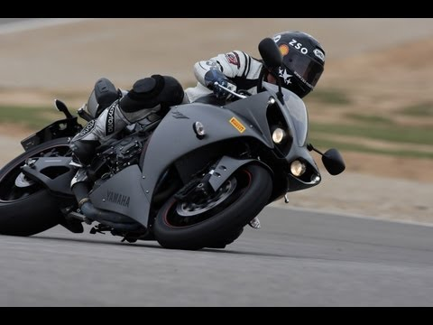 Yamaha YZF-R1 Test & Fahrerimpressionen - Onboard- Sound - Action