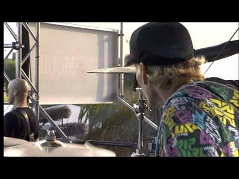 Simple Plan - Shut Up! Feat. Dany Kilian (Soundcheck) @ Street Gig 2008