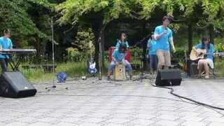 13.05.29 に行われた大分大学文化会主催「交歓祭」のPRのための野外演奏...