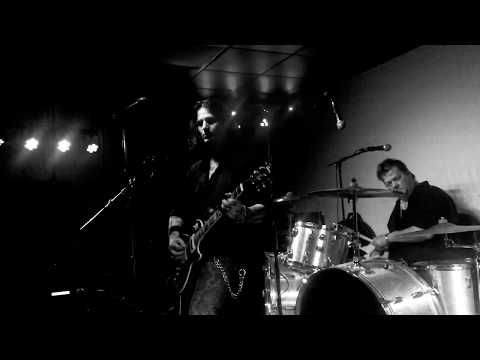 Rory Kelly - Don't Shake My Family Tree live from The Social in Asheville, N.C. 1/18/19