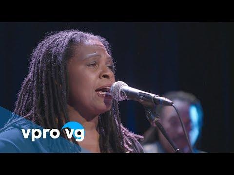 Ruthie Foster - Singing The Blues(live @TivoliVredenburg Utrecht)