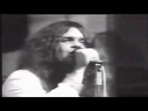 Black Sabbath - Never Say Die (lyrics)