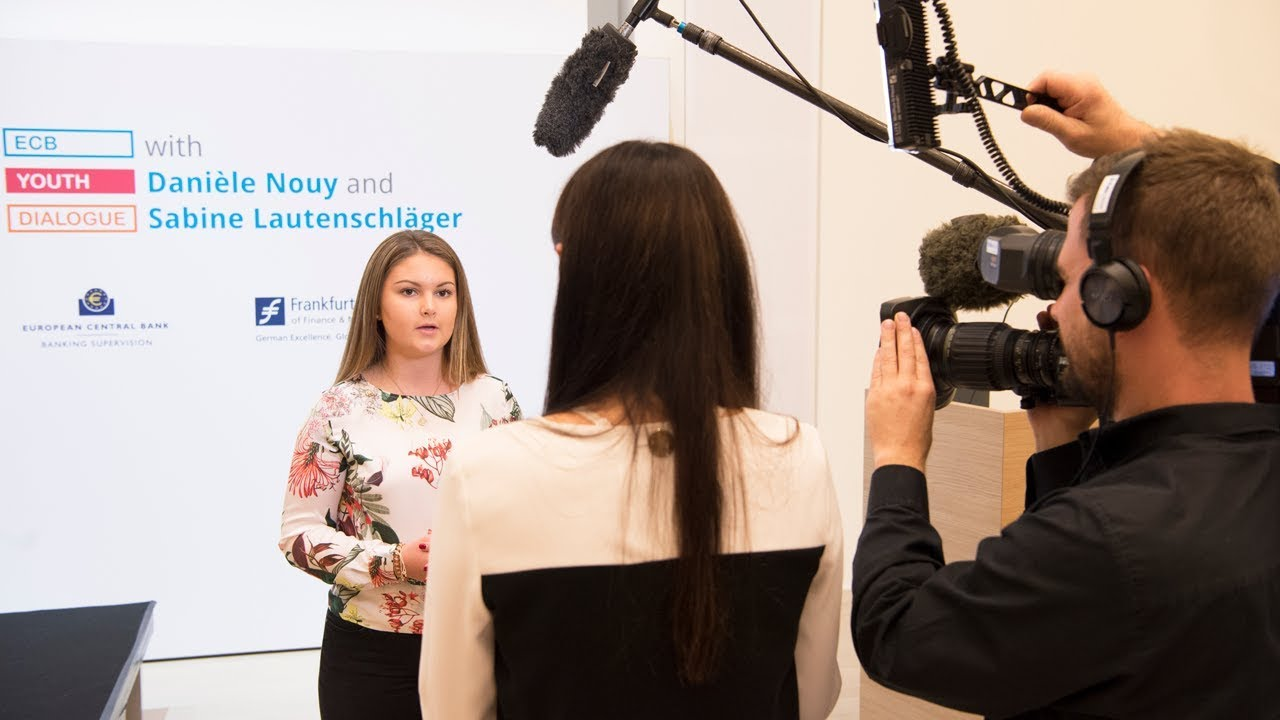 Hear from the students: ECB Youth Dialogue with Danièle Nouy and Sabine Lautenschläger