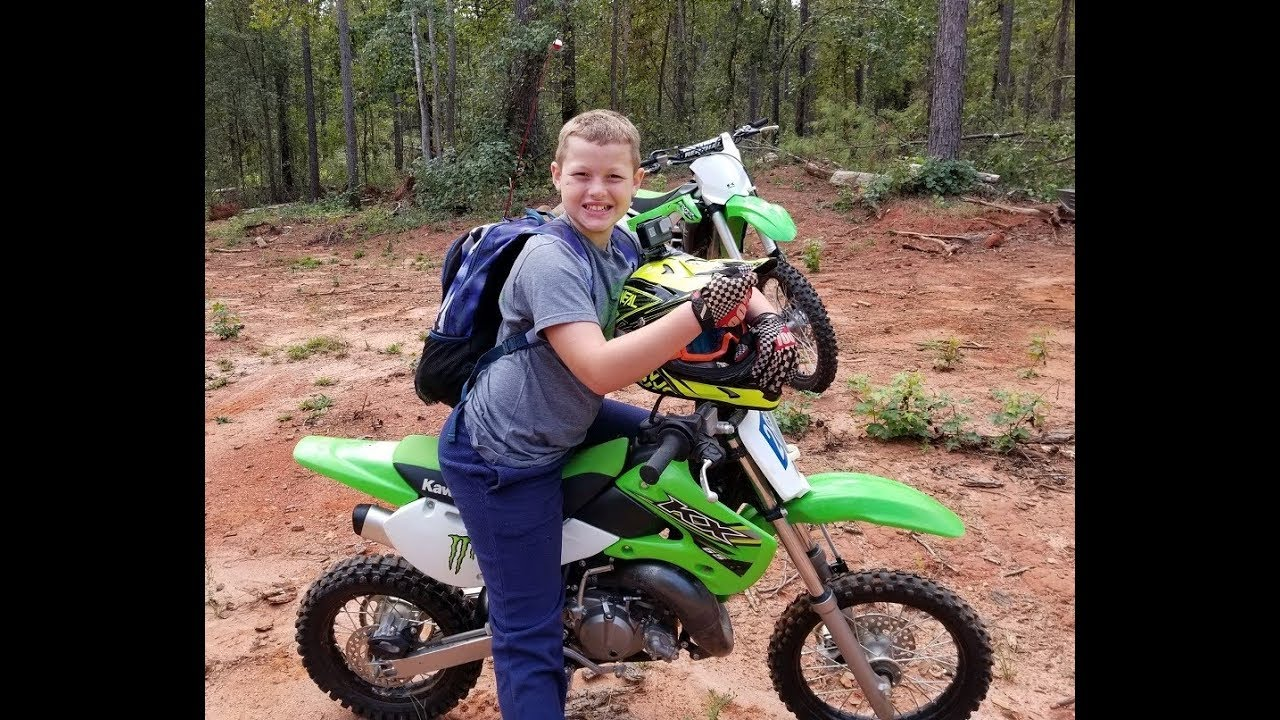 Dirt Bike Fishing And Found Hauted House With Graves Fun