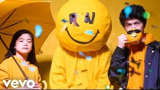 Download Lagu Ranz and Niana - You Can Do It (Official Music Video).mp3